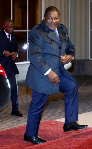 Mozambique's President Filipe Nyusi arrives to attend a reception for heads of State and Government at Buckingham Palace in London on January 20, 2020, following the UK-Africa Investment Summit. HENRY NICHOLLS / POOL / AFP